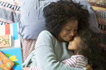 11 Common Single Mom Problems (and How to Get By)