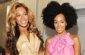 Singers Beyonce and Solange Knowles