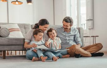 15 Books to Read as a Family to Captivate & Inspire