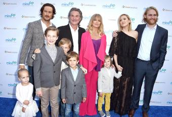 Oliver Hudson, Kurt Russell, Goldie Hawn, Kate Hudson and Wyatt Russell arrives at the Goldie Hawn Hosts Annual Goldie's Love In For Kids