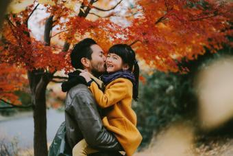 Fall Family Photo Ideas That Embrace the Spirit of the Season