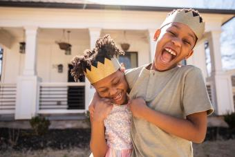25 Sibling Games for Creative Fun Without the Rivalry