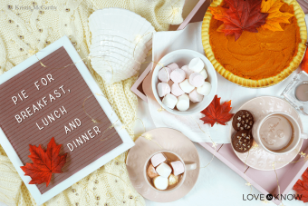 Fall Quotes for Letter Boards That Are All About the Food