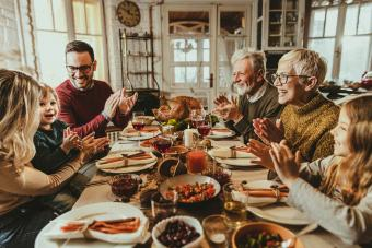 27 Thanksgiving Family Games With Easy Set-Up & Fun for Everyone