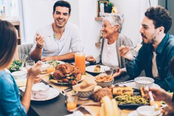 10 Survival Tips for Thanksgiving Family Gatherings