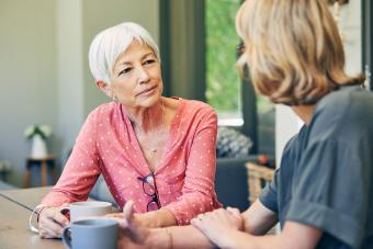 How to Deal With Difficult Family Members: 20 Tips and Strategies
