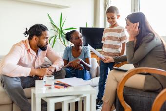 How to Deal With a Dysfunctional Family: Sanity-Saving Tips