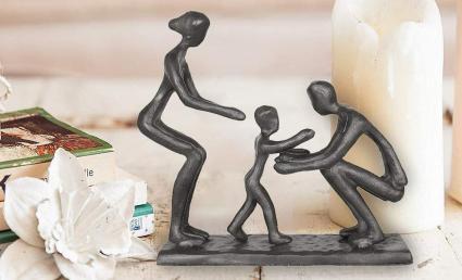 DreamsEden Rustic Family Figurine