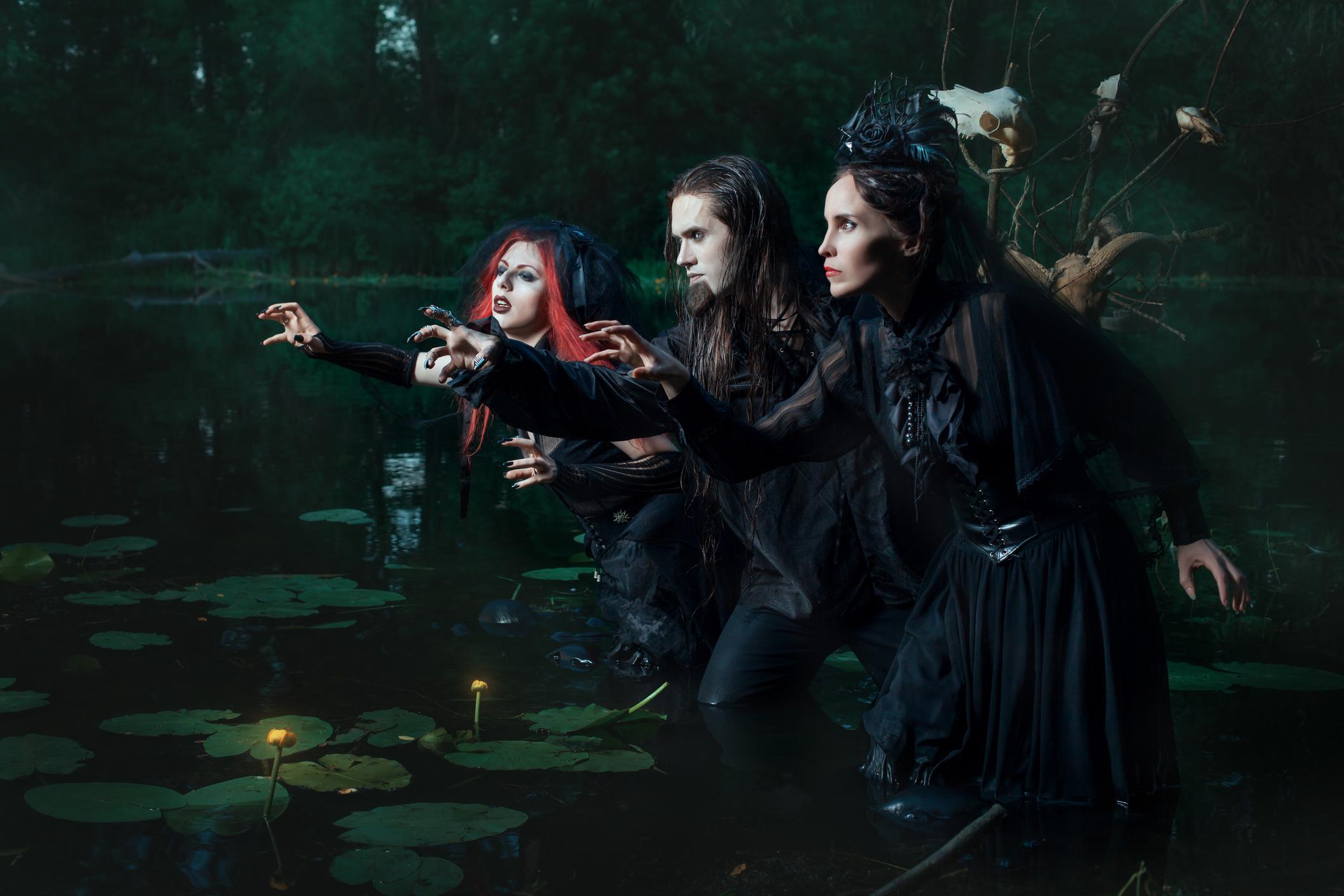 Occult Dress Lovetoknow