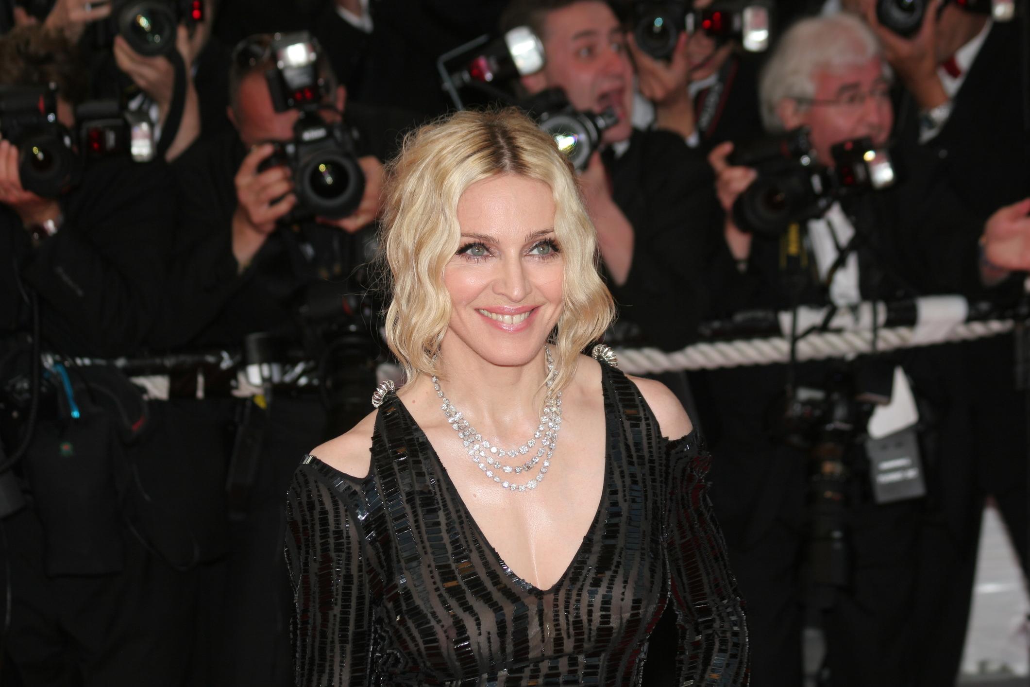 Madonna S Influence On Fashion Lovetoknow