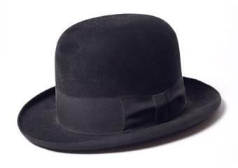 black homburg hat