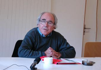 Jean Baudrillard lecturing at European Graduate School, Saas-Fee, Switzerland