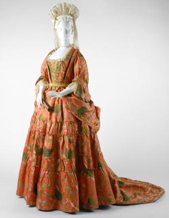 Silk mantua