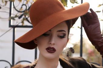 Woman wearing felt hat