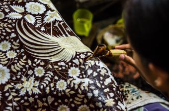 Batik in the making