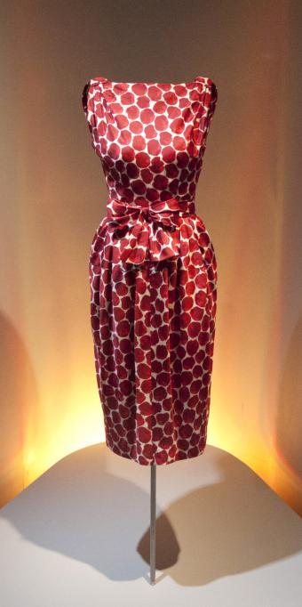 1960 red and white printed dress. Balenciaga