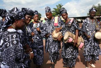 Yoruba dancers in adire