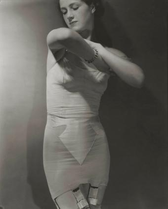 1930s girdle