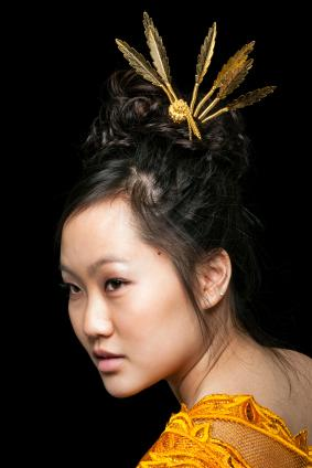 Hair pic  bronze metal bun pompom and pearls