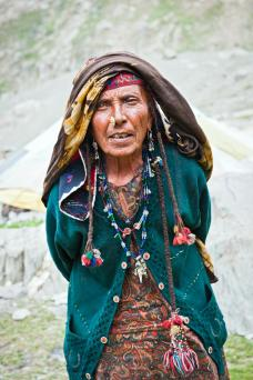 Gypsy woman in Kashmir, India