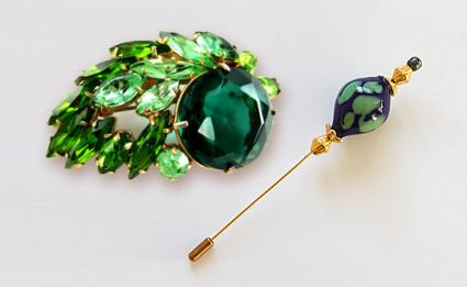 Brooches and Pins | LoveToKnow