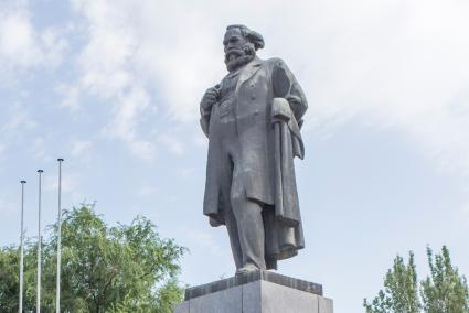 Monument of Karl Marx with overcoat
