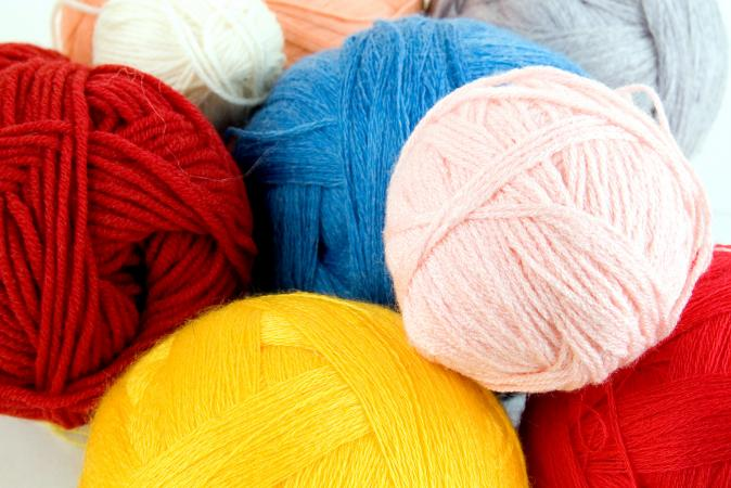 Different sizes of yarn