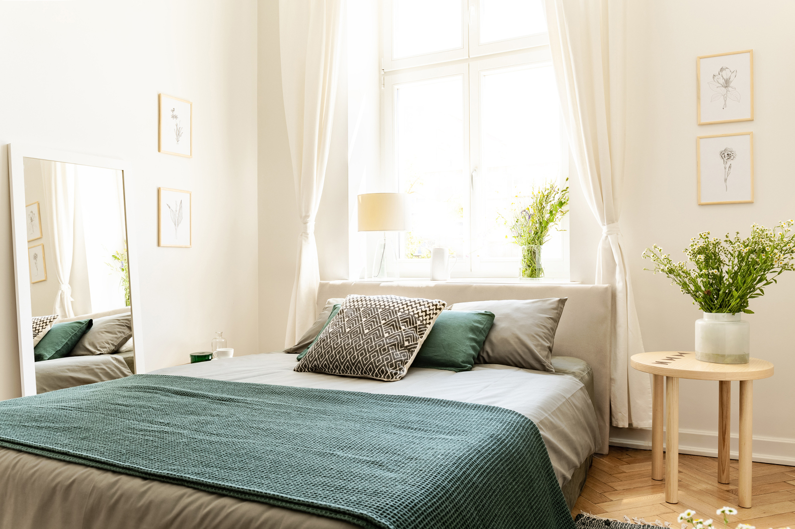 Best Practices for a Bed Under a Window in Feng Shui | LoveToKnow