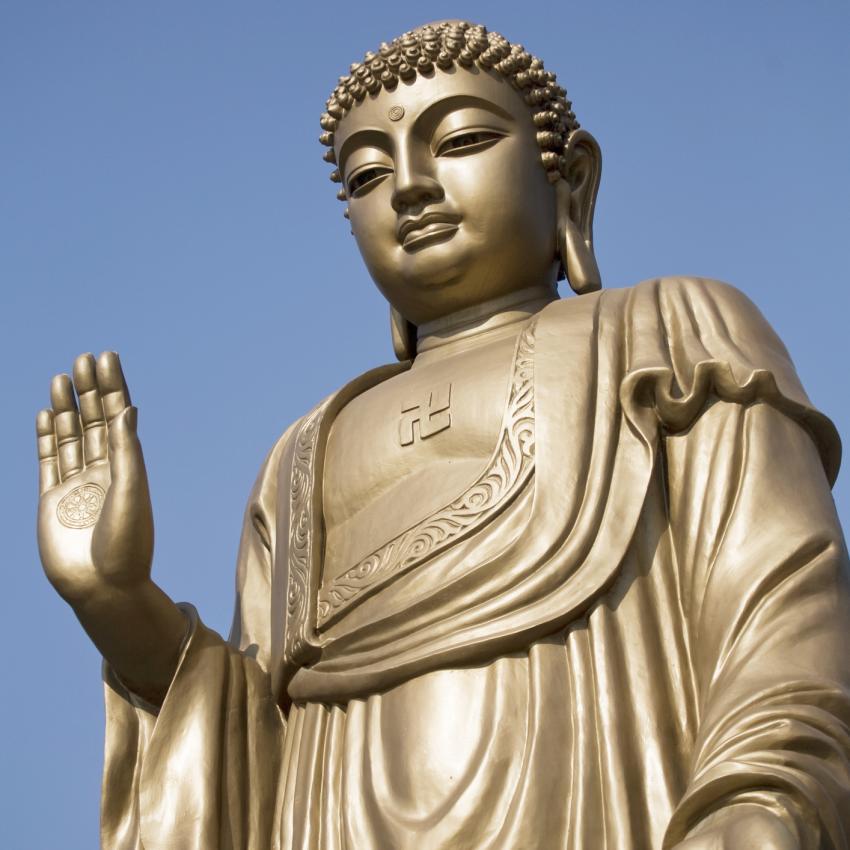 https://cf.ltkcdn.net/feng-shui/images/slide/239145-850x850-Chinese-buddha.jpg