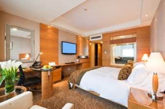avoid placing desks and mirrors in bedrooms