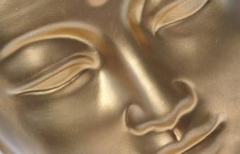 Options for Gold Buddha Panels in Feng Shui