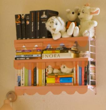 bedroom shelf scarf