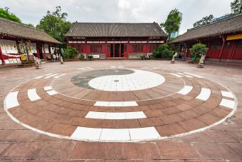 Yin yang in front of a Taoist temple
