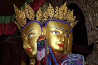 Statue of Vairochana Buddha
