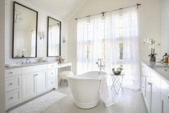 Feng Shui Rules for Mirrors You Can't Ignore
