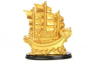 Sailing Ship Statue Feng Shui Decor for Fortune