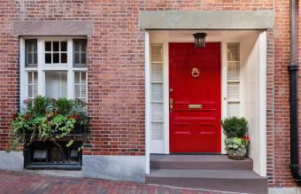 The South-Facing House in Feng Shui: Tips & Benefits