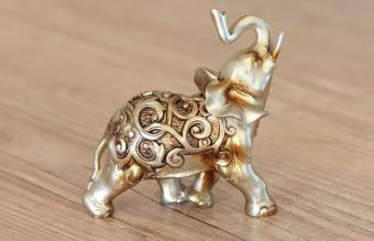 Elephant Decor in Vastu: Direction & Placement Tips
