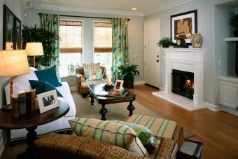 Cozy Beach Style Living Room with Fireplace
