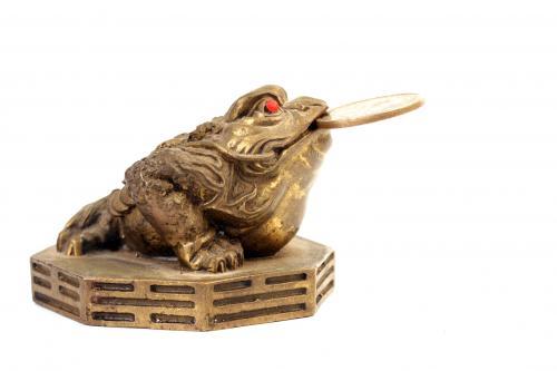 Monetary frog