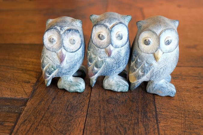 Small owl statues