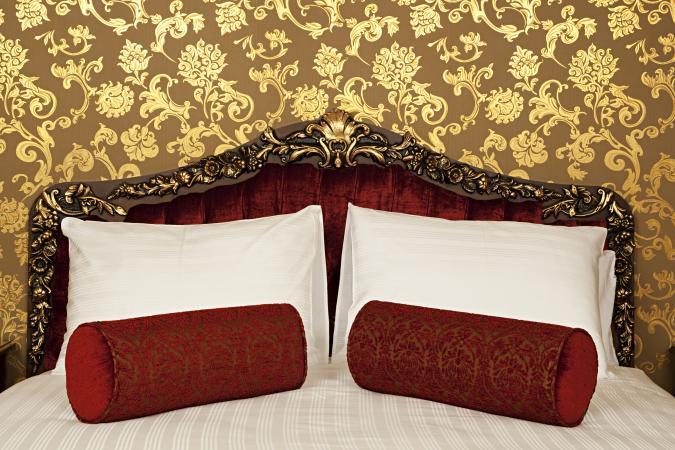 Oriental wall paper
