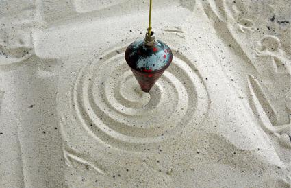 Pendulum on sand