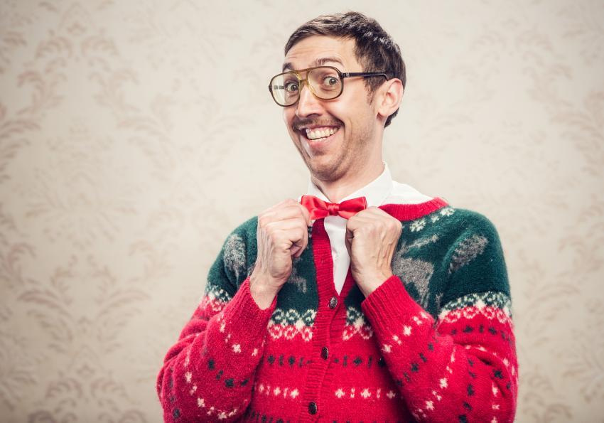 https://cf.ltkcdn.net/freelance-writing/images/slide/253957-850x595-6_Funny_Christmas_man.jpg
