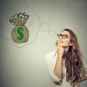 https://cf.ltkcdn.net/freelance-writing/images/slide/207475-850x850-Woman-dreaming-of-financial-success.jpg