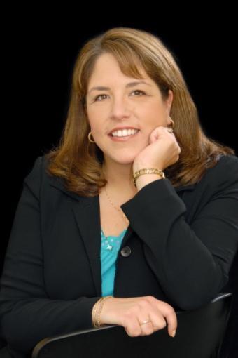 Photo of Stephanie Chandler, author