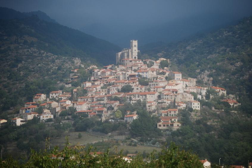 https://cf.ltkcdn.net/french/images/slide/124672-847x567-Eus-in-Pyrenees.jpg