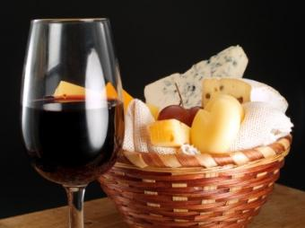 History of French Wine and Cheese