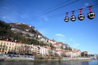 https://cf.ltkcdn.net/french/images/slide/124674-849x565-Grenoble-Chartreuse.jpg