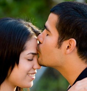 https://cf.ltkcdn.net/french/images/slide/124819-381x400-romantic9.jpg